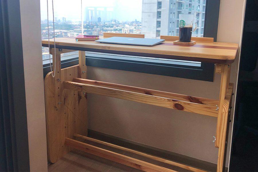 ออกแบบและผลิตโต๊ะทำงาน